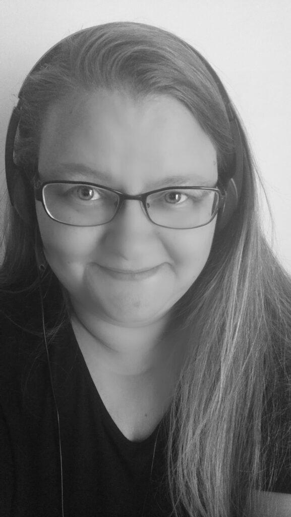 Telemarkkinointi-asiantuntija ja puhelinmyyjä Sari Brandt